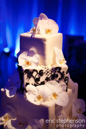 Denver-wedding-cake.jpg