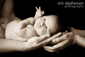 newborn-infant-mother-father-hands-denver.jpg