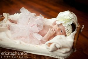 infant-basket-tutu-baby-girl.jpg