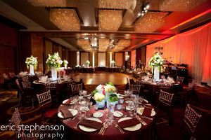 Elegant_Four_Seasons_wedding_reception.jpg