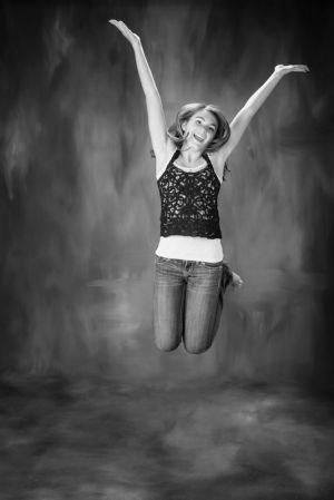 girl_jumping.jpg