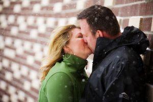couple_kissing.jpg